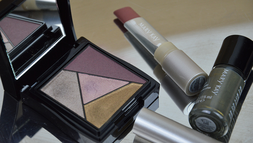 Titelbild, www.advance-your-style.de, Beautyblog, Berlin, Monday's Makeup, Makeup für helle Haut, Mary Kay, Modern Kollektion, Limited Edition, Review, Test