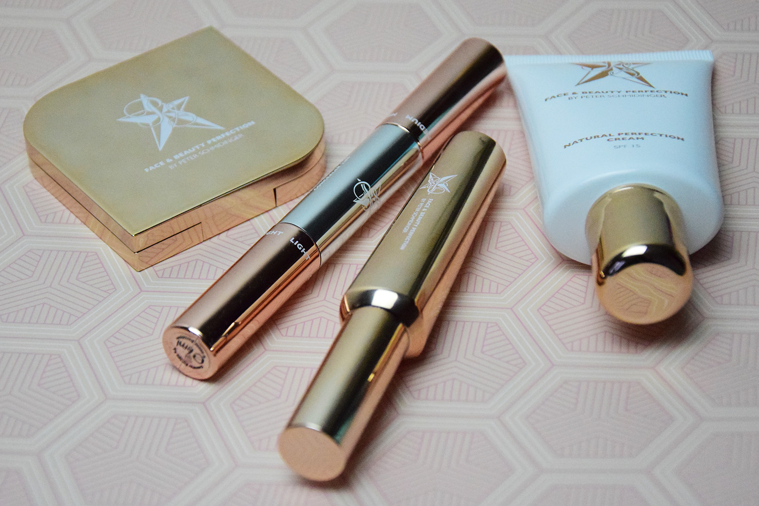 Advanceyourstyle Beautyblog Berlin Mondays Makeup Beauty Face And Beauty By Peter Schmidinger Meine Auswahl Star Bronzer Natural Perfection Cream Concealer Super.lash Mascara