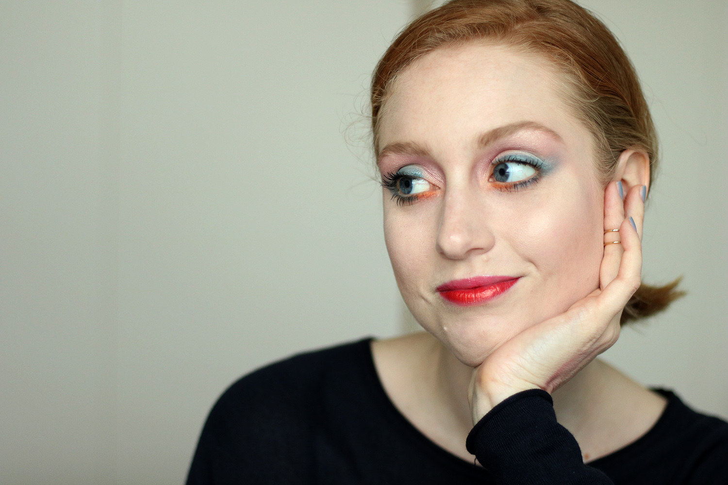 Buntes Makeup, Mutiges Makeup, Fasching, Frühling, Helle Haut, Makeup Tutorial, Monday's Makeup, Beautytipps, Beautyblog, Berlin, Influencer, Advance Your Style, LUSH Lippenstift Kraft