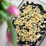 Titelbild, Essen, Rezept, vegetarisches Rezept, Gesund, lecker, Zucchini, überbackene Zucchini, Blaubeer Crumble, Hauptgang, Snack, Lifestlye Blog, Influencer, Berlin, Advance Your Style