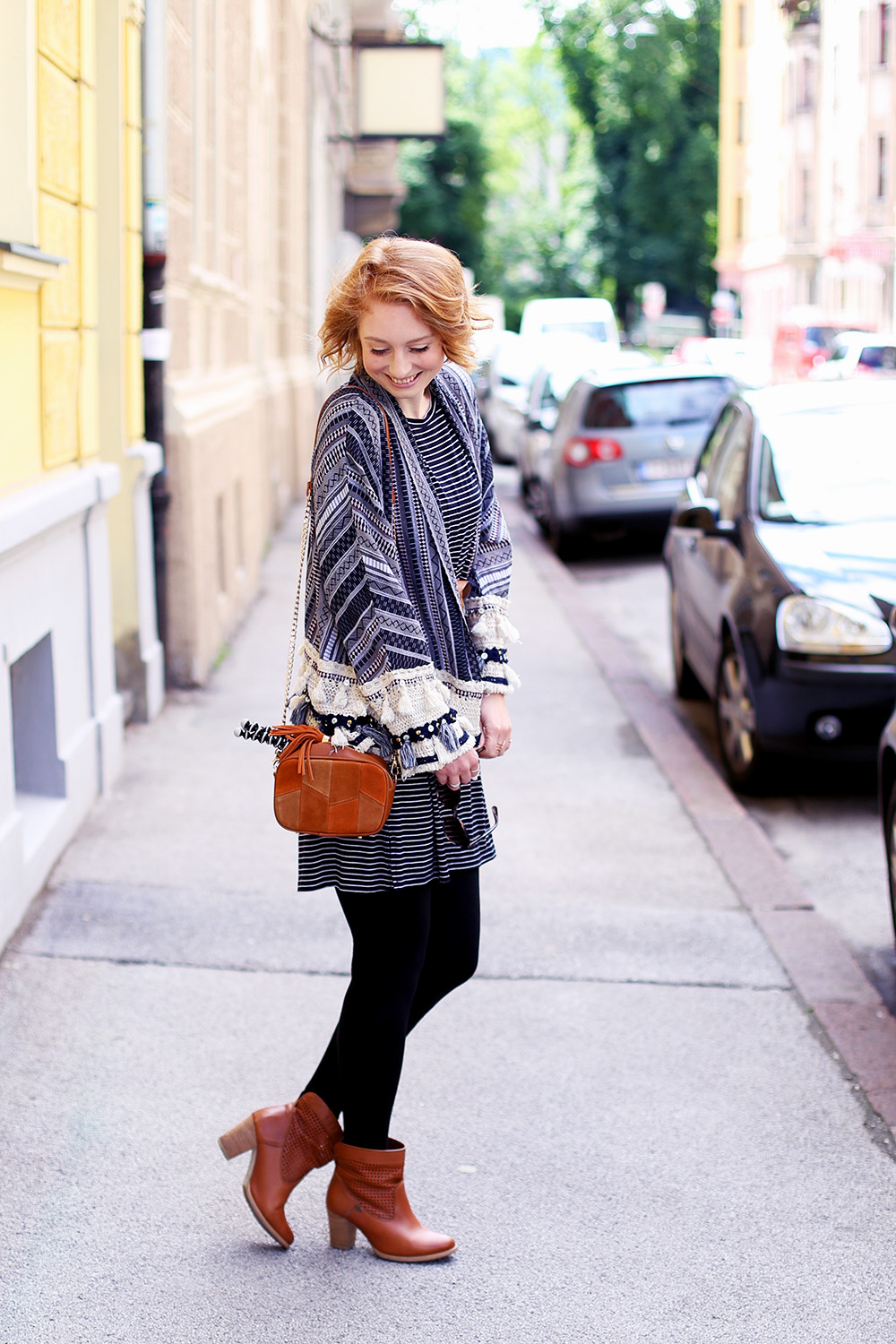 Patchwork Tasche, Leder Tasche, Sommer Trend, Trendthema Bommel, Sommer, Streetstyle Innsbruck, Outfit, Trend, Modetipps, Finde deinen Stil, Influencer, Deutschland, Berlin, Mode Blog, Modeblog, Advance Your Style, advanceyourstyle
