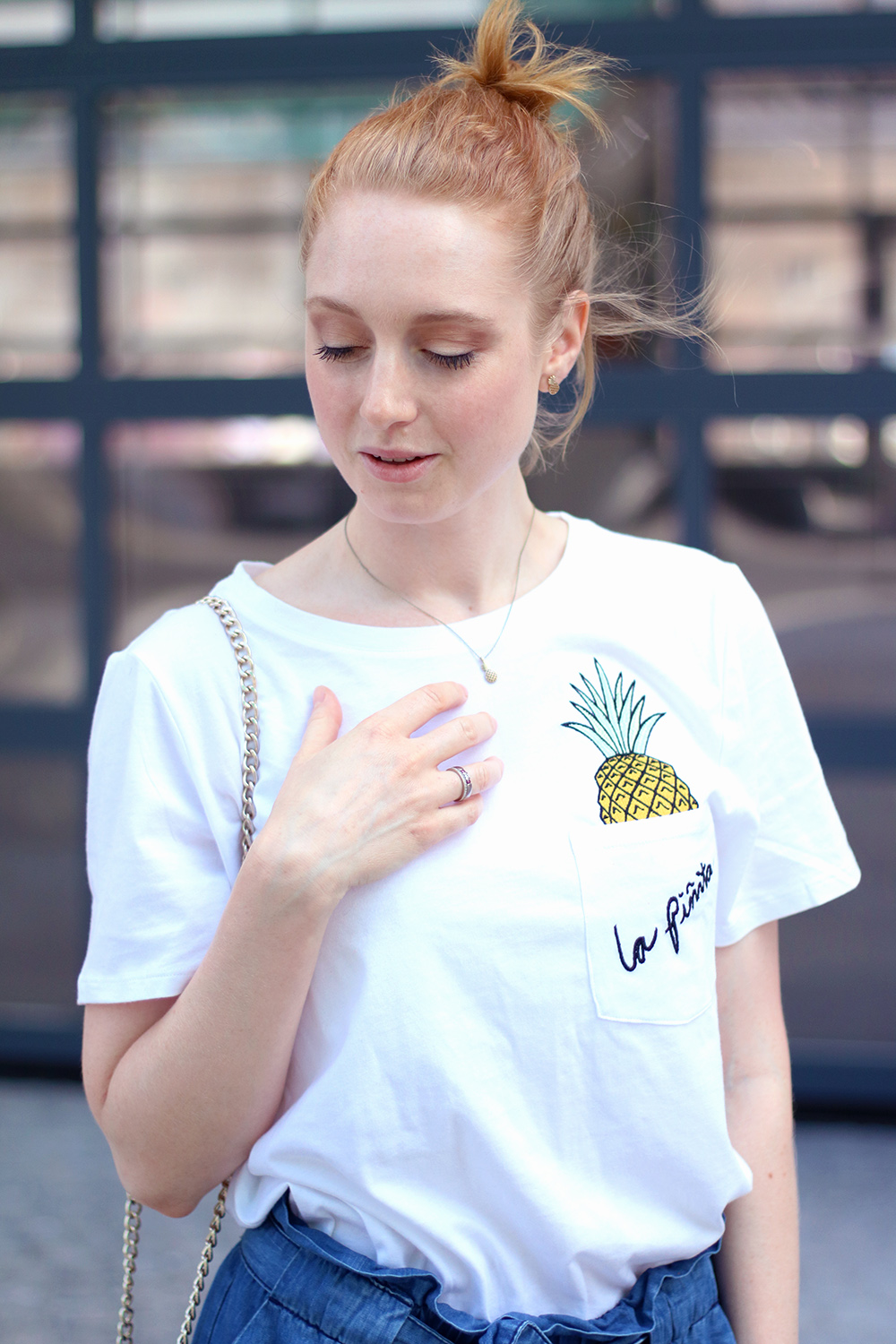 Pineapple Shirt, White, Jeans Shorts, Pants, Summer Look, Outfit, Tips, Streetstyle, Fashion Tips, Find Your Style, Influencer, Germany, Berlin, Fashion Blog, Fashion Blog, Advance Your Style, advanceyourstyle